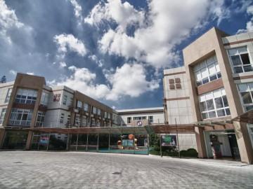 Main entrance of the Shanghai Singapore International School